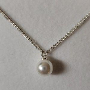 Jewelry - *Brand New*Macys   Pearl/Diamond necklace set